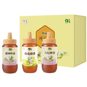 """中粮山萃""""中华蜜园""""蜂蜜礼盒"""